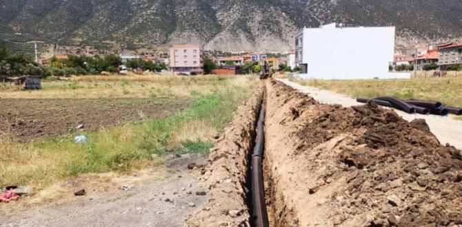 Kırkağaç'ta 400 Metrelik Kanalizasyon Hattı Yenilendi